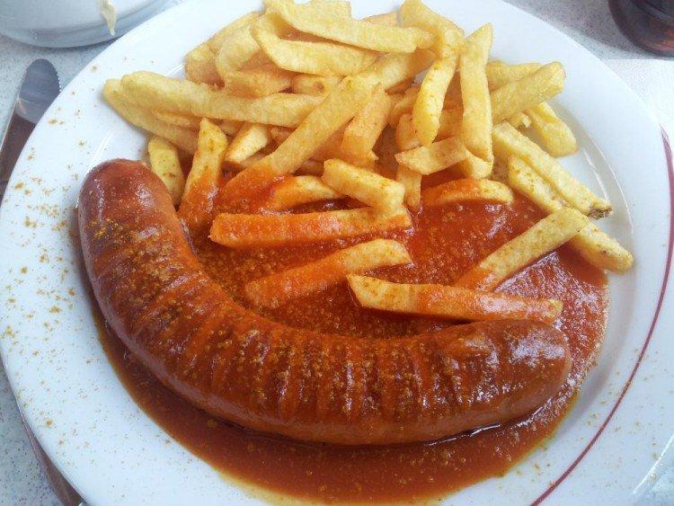 Mensa Uni Passau Currywurst