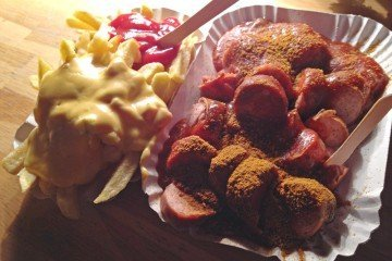 Currywurst der Wursterei in Berlin